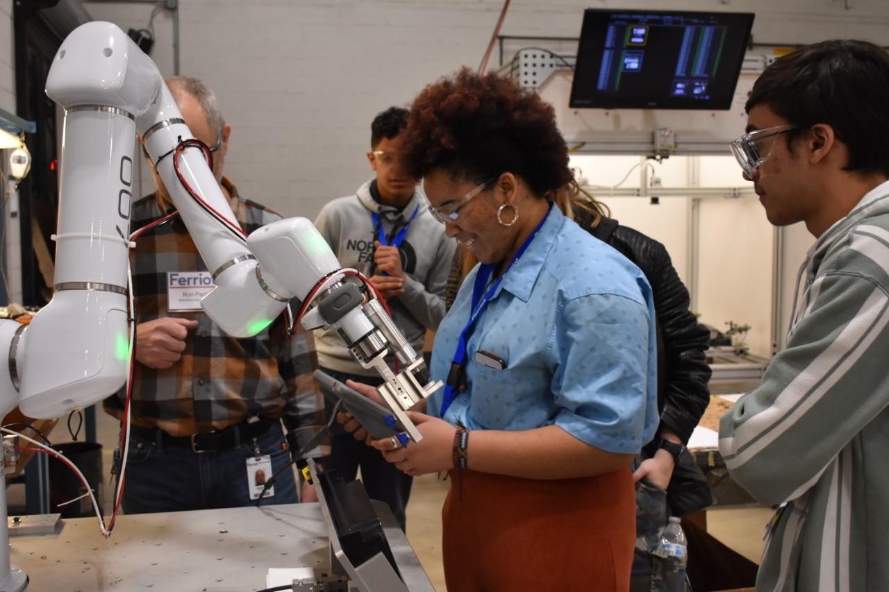 STEM-cobot-2