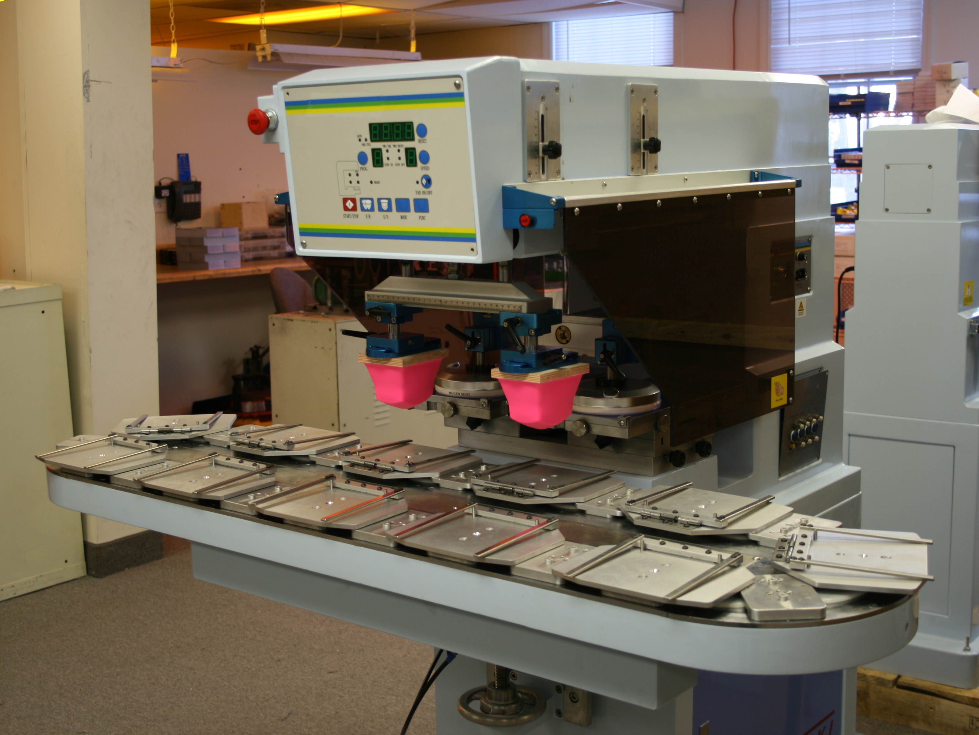 Two-color pad printing machine